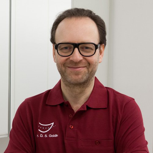 Dr. Dan S. Goldin, Praxisinhaber KLEDENT, Die Zahnspange, 47533 Kleve